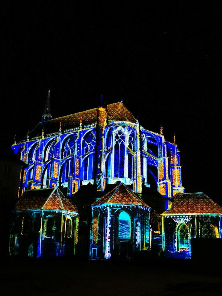 Eglise Saint-Pierre - Chartres en lumières - Scénographie BK Digital Art Company
